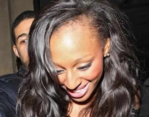 ¿Por que cae el pelo en la mujer?